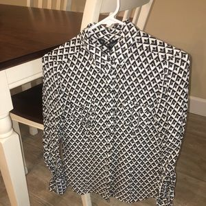 NEW White House Black Market silk blouse. Size 4.